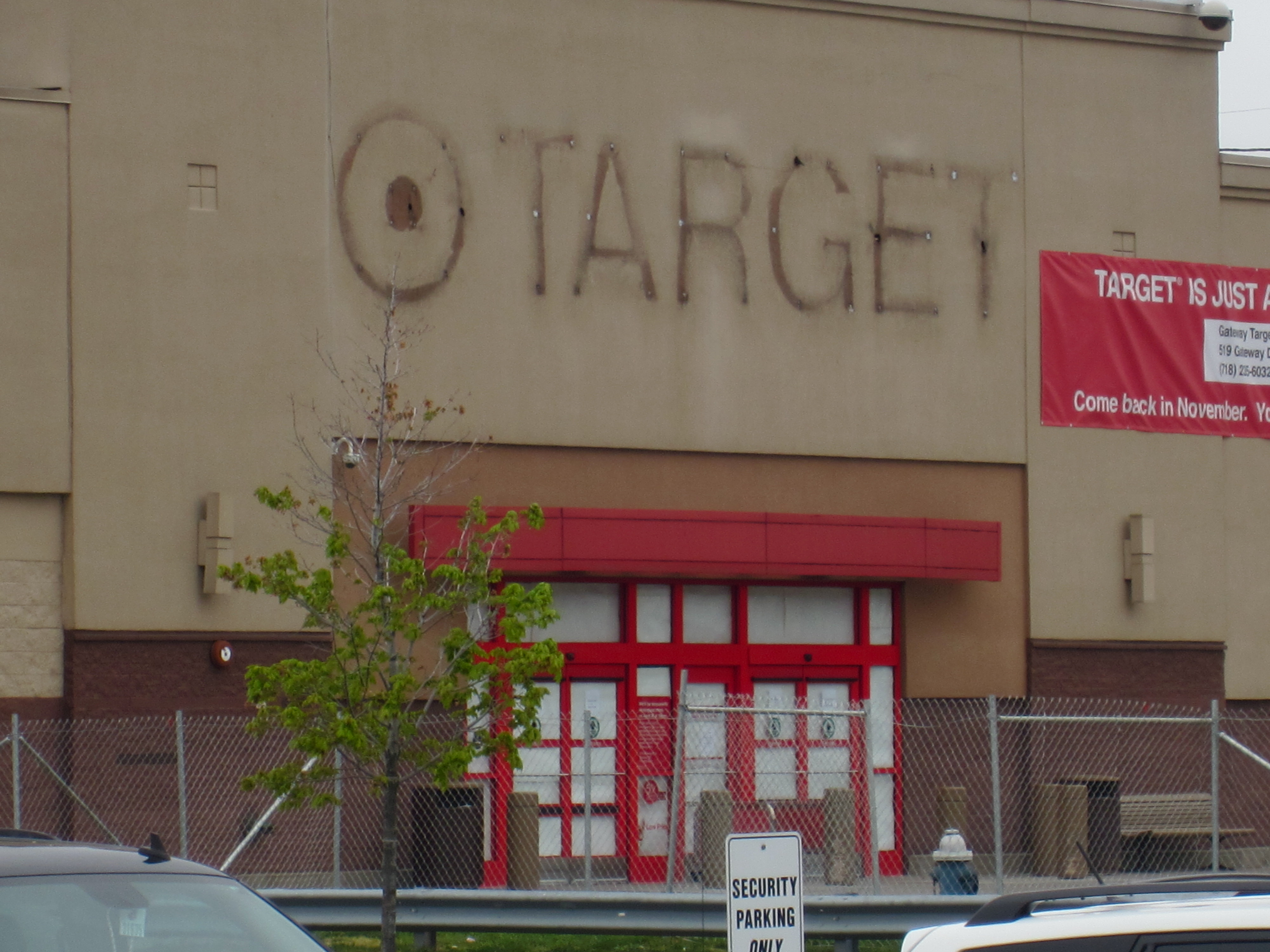 Target To Temporarily Close Store In Union Fight